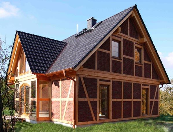 fachwerkh user f rs leben bauen sie ihr fachwerkhaus als niedrigenergiehaus tradition seit. Black Bedroom Furniture Sets. Home Design Ideas